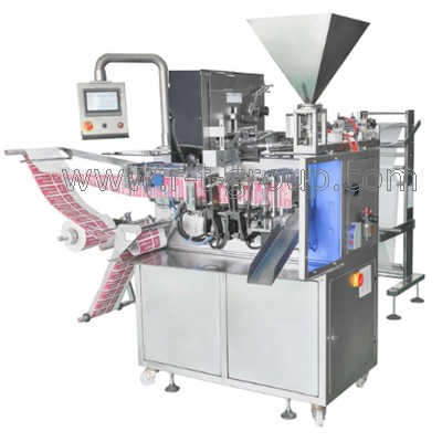 Automat for production and packaging of wet wipes
